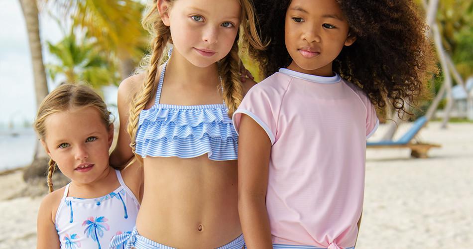 Mädchen UV schutzkleidung und Badebekleidung